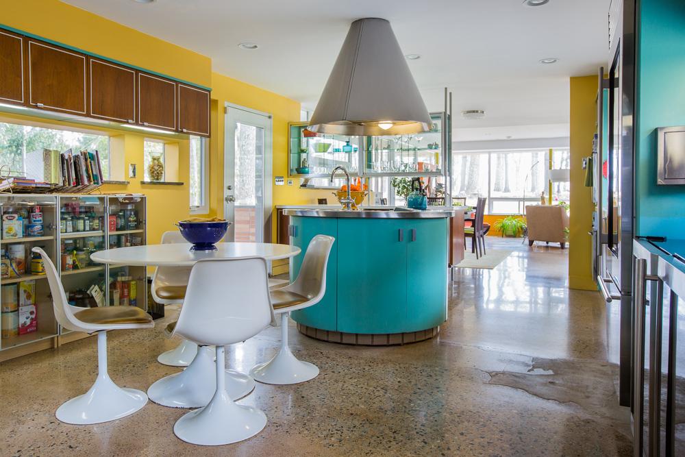 1709 meadowbrook road. Black Bedroom Furniture Sets. Home Design Ideas